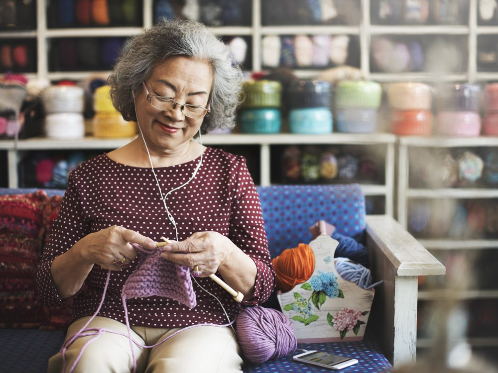 Ways to Make Life Better for Your Aging Parent - Senior knitting