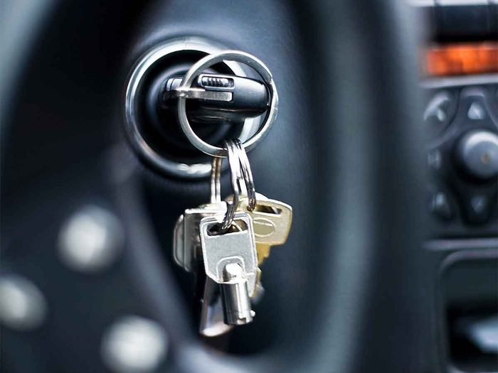 Why Is My Car Making a Clicking Noise When Starting? - car keys in ignition