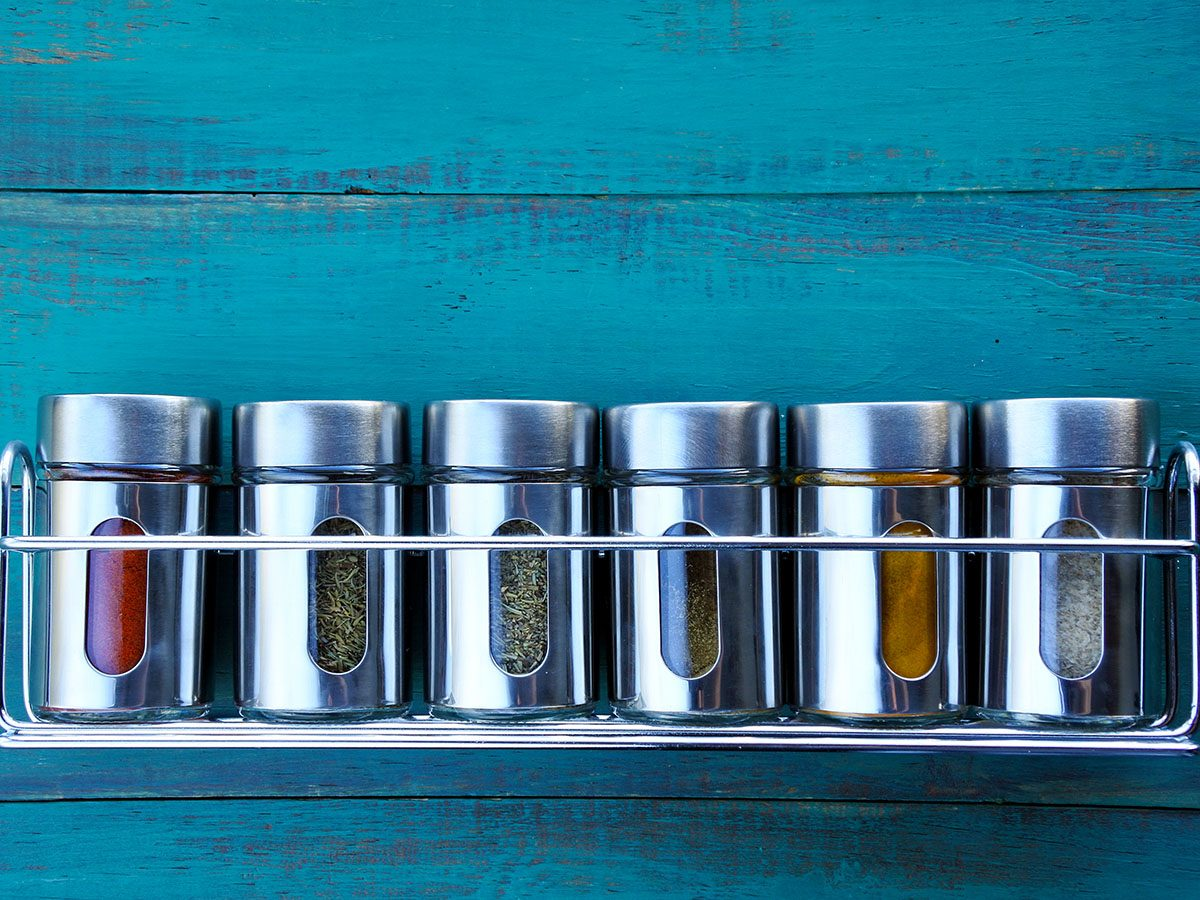 Foods you should never buy in bulk - spices