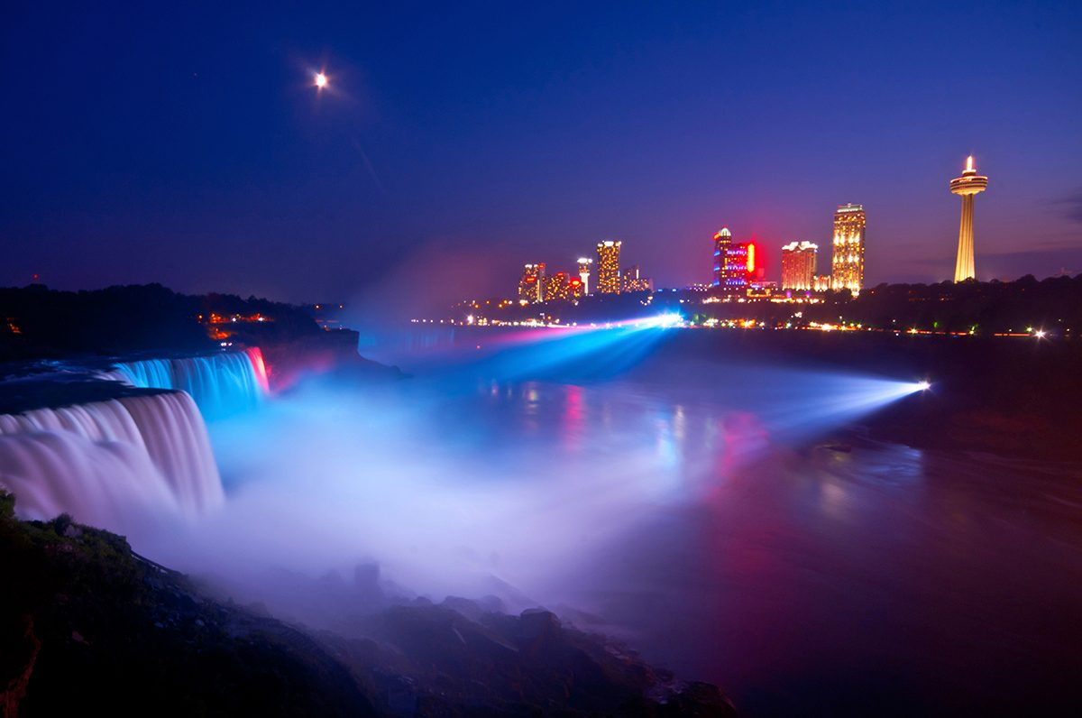 Weekend Getaways - Niagara Falls Marriott Fallsview Hotel & Spa