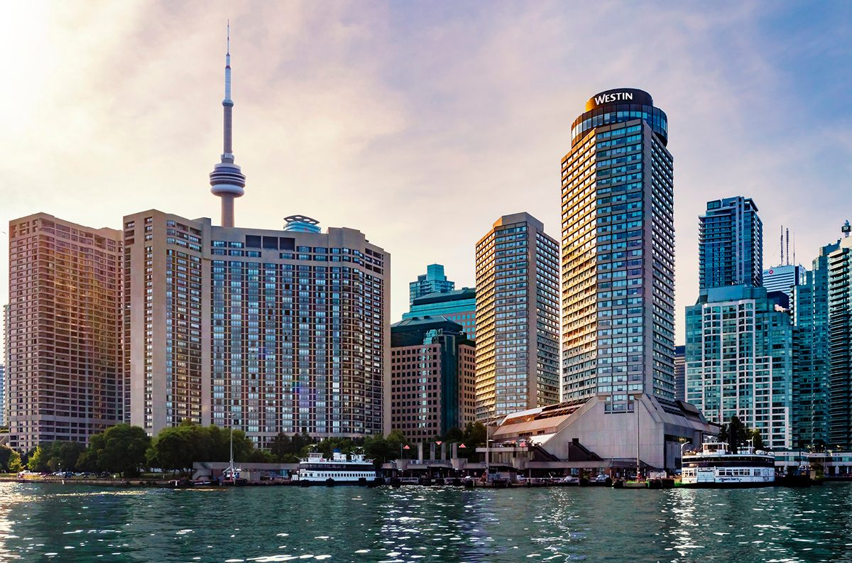 Weekend Getaways - Westin Harbour Castle Toronto