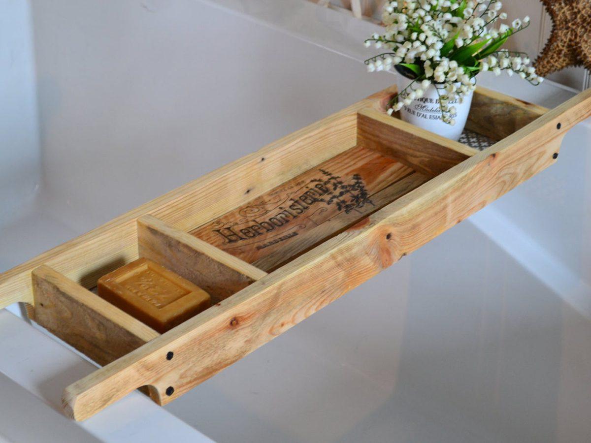 Sharon M bathtub tray