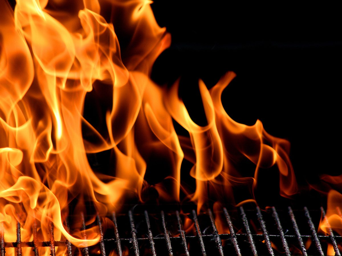 Winter grilling tips - BBQ flare up flames