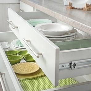 Kitchen organizing mistakes - kitchen cupboards
