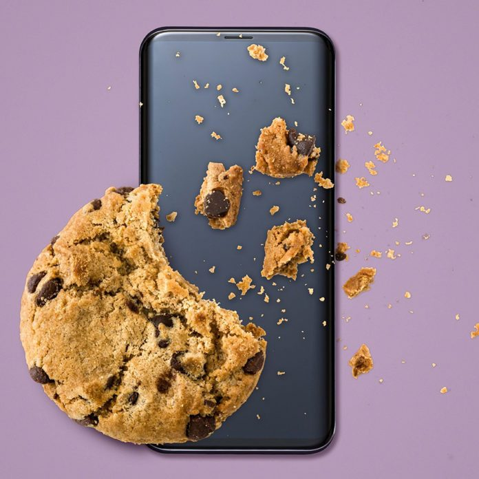 Phone and cookie