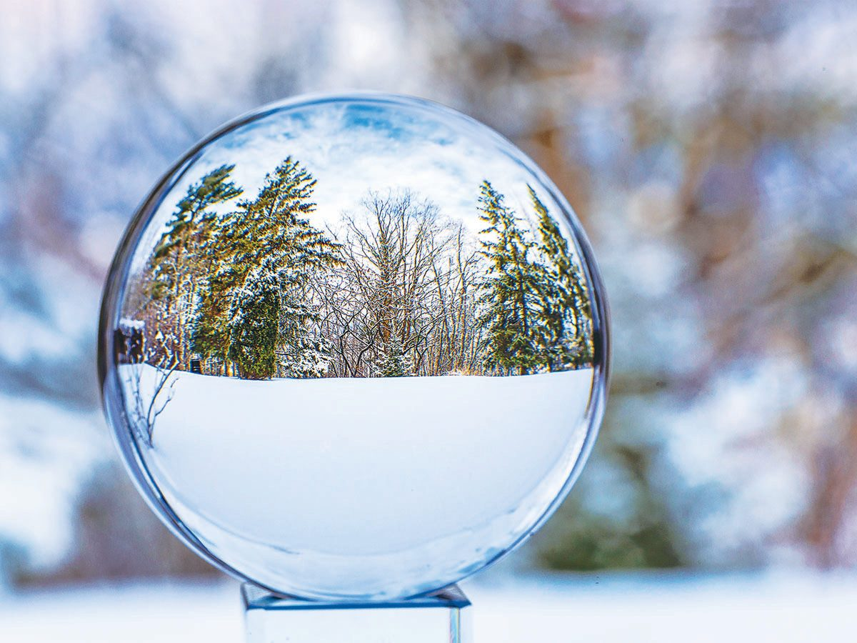 Winter in Ottawa - Snow globe