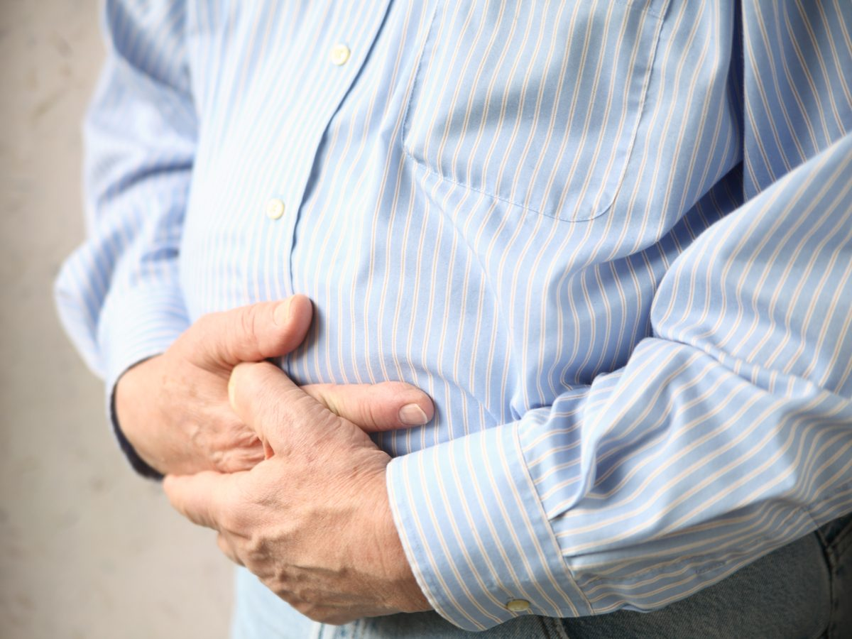 Burping signs - Elderly man with abdominal pain