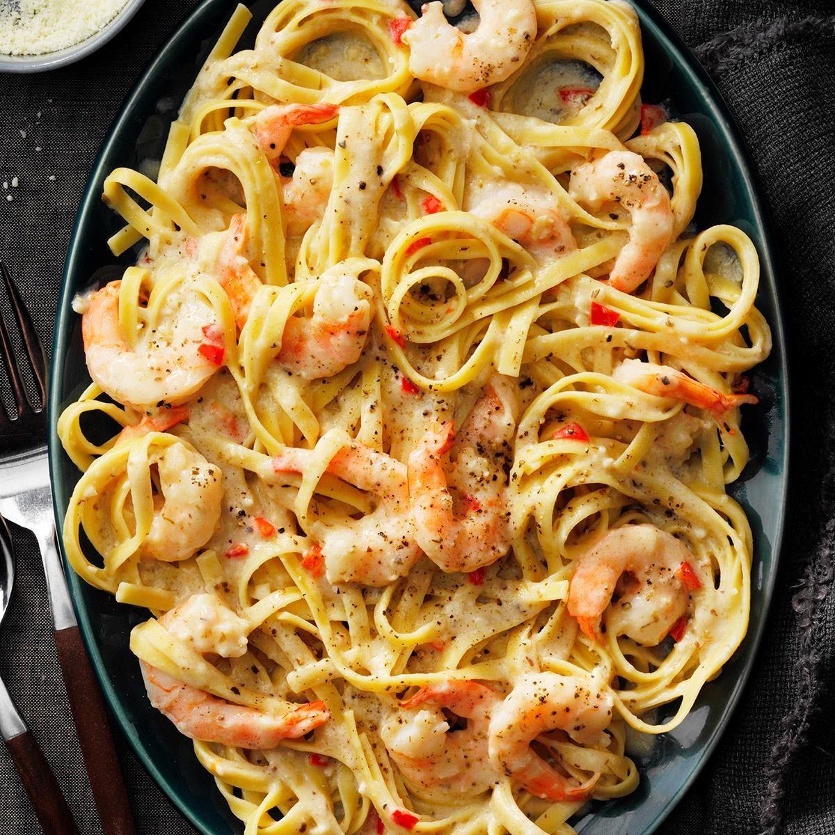 Spicy Shrimp Fettuccine Alfredo Exps Tohescodr20 162994 E03 12 3b 1