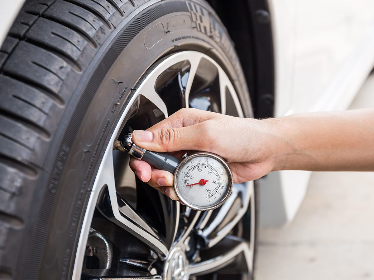 Bad Gas Pump Habits - Check Tire Pressure