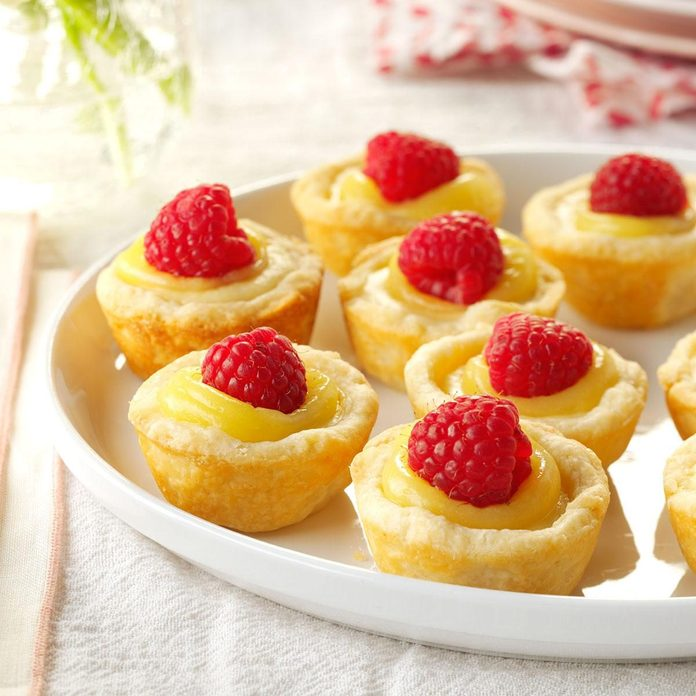 Mini Lemon Cheesecake Tarts