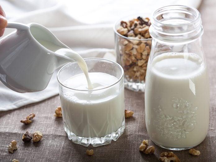 How To Organize Your Fridge Milk
