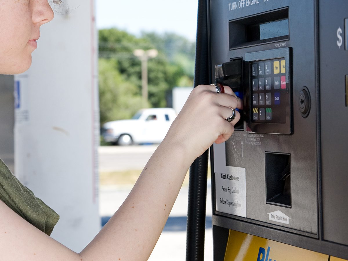 Paying For Gas With Credit Card