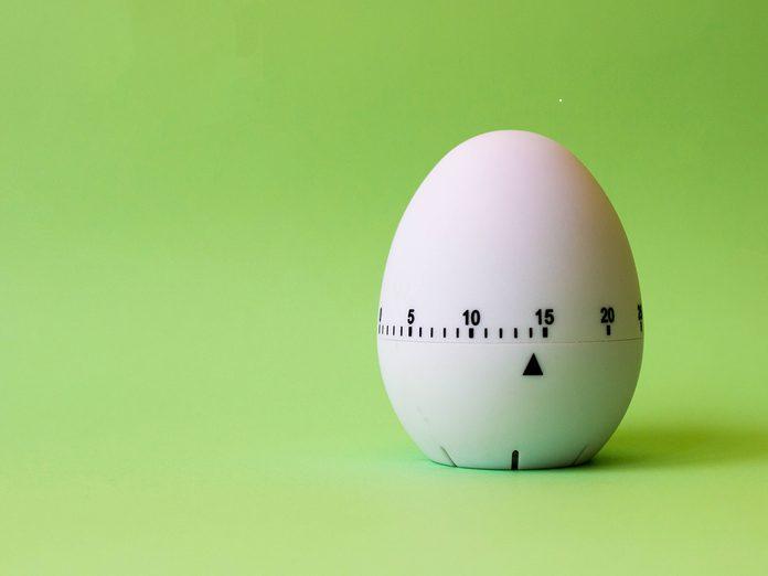 Overcoming Facebook addiction - egg timer
