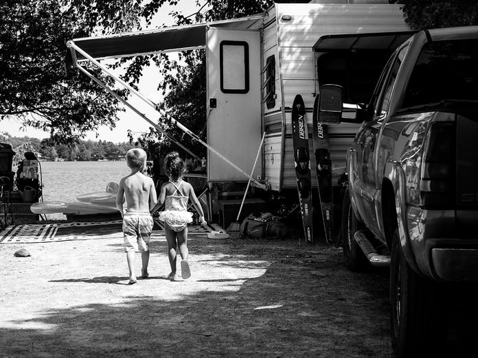 Road Trip Trailer - Kids in black and white