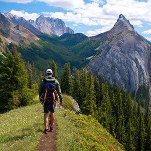 Hiking for beginners - Kananaskis Region hike