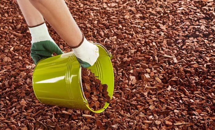 yard tool hacks - spreading mulch