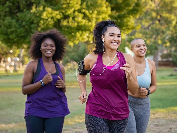 Venixxa - Servier Canada - Women jogging