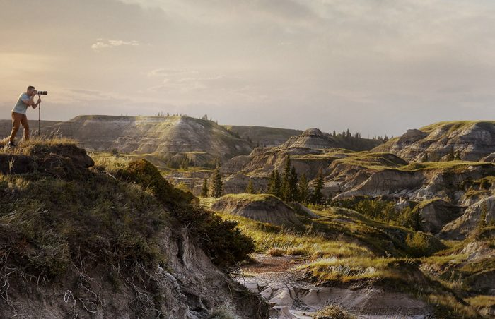 Best Place To Watch The Sunset In Every Province Horsethief Canyon Alberta