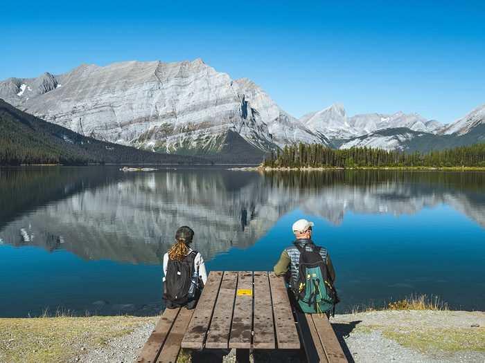 Hiking for beginners - couple at Kananaskis Lake