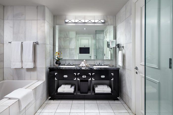 St. Regis Toronto - Bathroom