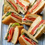 10+ Sandwiches That Are Perfect For a Picnic