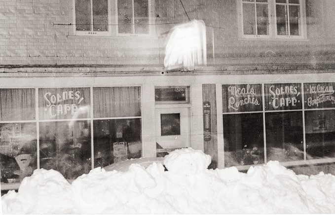 Dominion City Manitoba - Solnes Cafe
