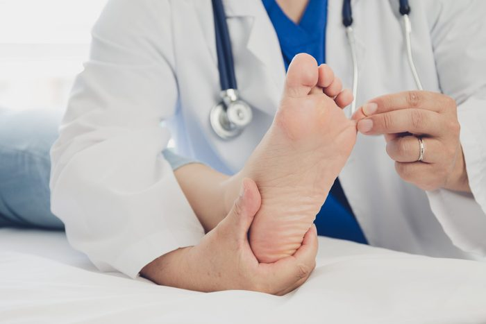 Foot symptoms - spooned nails