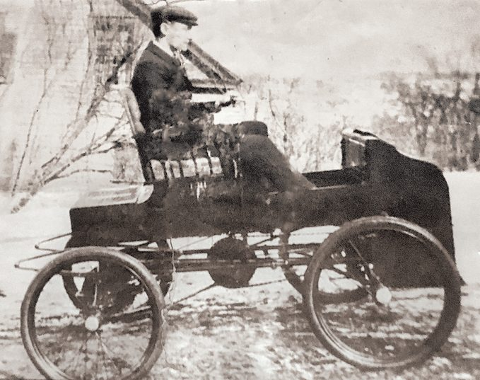 Fossmobile - George Foote Foss driving In 1897