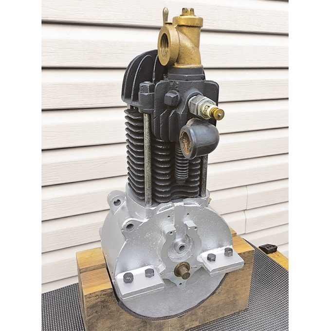 Fossmobile - Rebuilt one-cylinder period engine