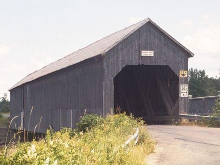 Covered Bridges - Darlings Island Covered Bridge, Nauwigewauk in New Brunswick