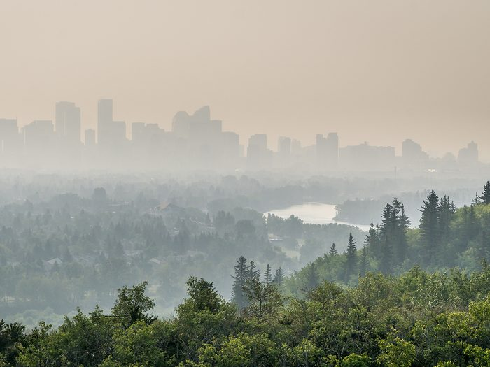 How wildfire smoke is affecting your health - air pollution in Calgary