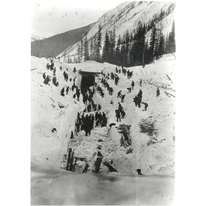 Natural disasters in Canada - Rogers Pass Avalanche of 1910