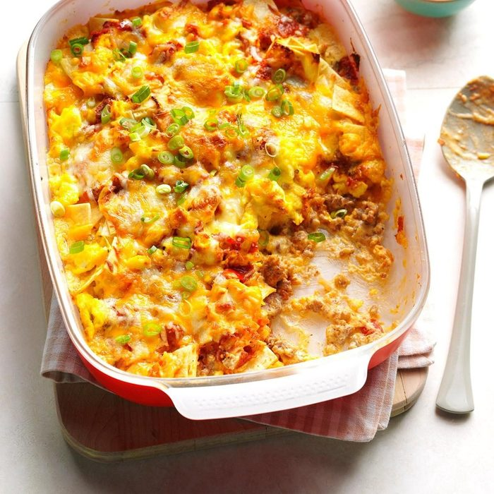 make-ahead breakfast recipes - Breakfast Burrito Casserole Exps Bbbz16 77315 05b 26 1b