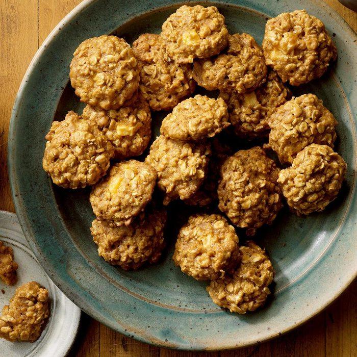 Oatmeal Caramel Apple Cookies recipe