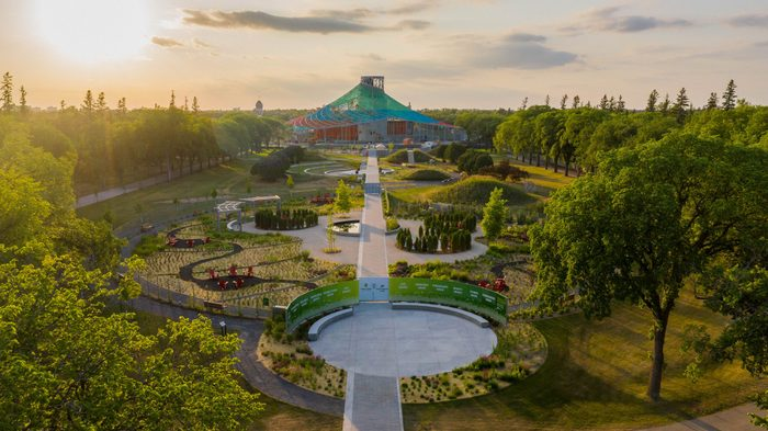 Things to do in Winnipeg - The Gardens at the Leaf