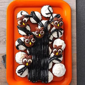 Owl Cupcake Tree