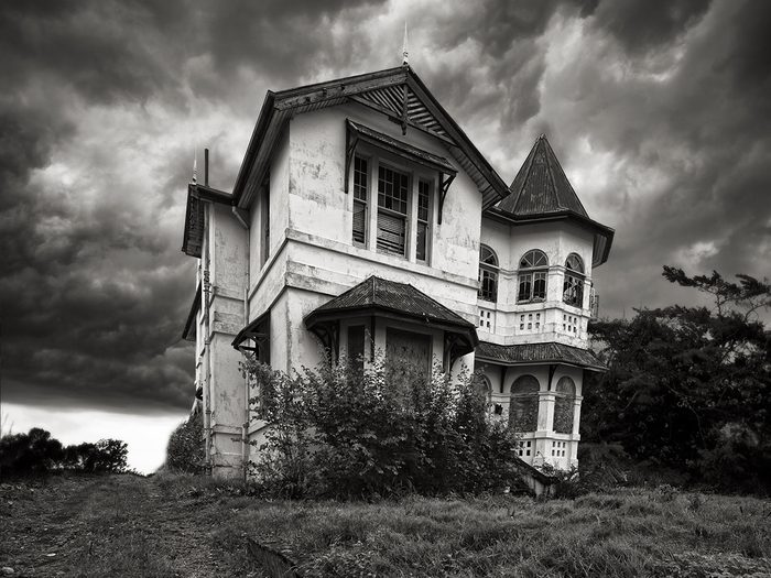 Ghost stories - haunted house