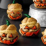 10+ Tasty Halloween Treats to Make This Fall